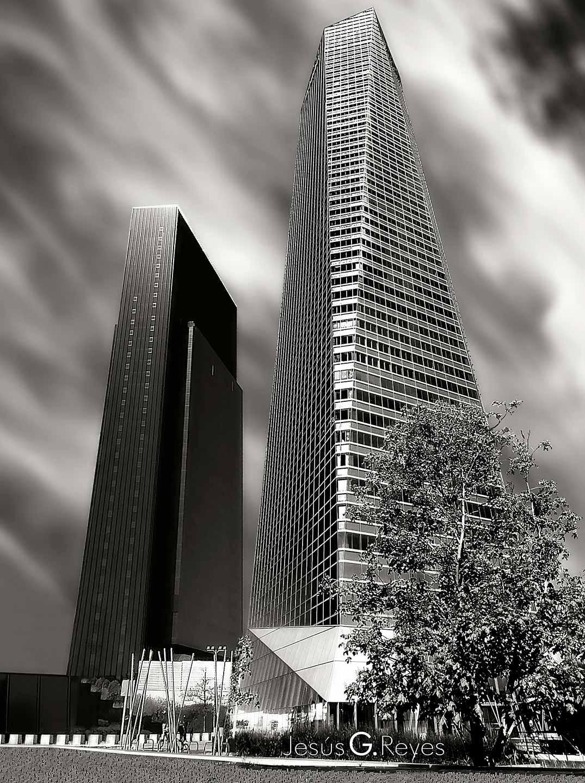 2 de 5 torres