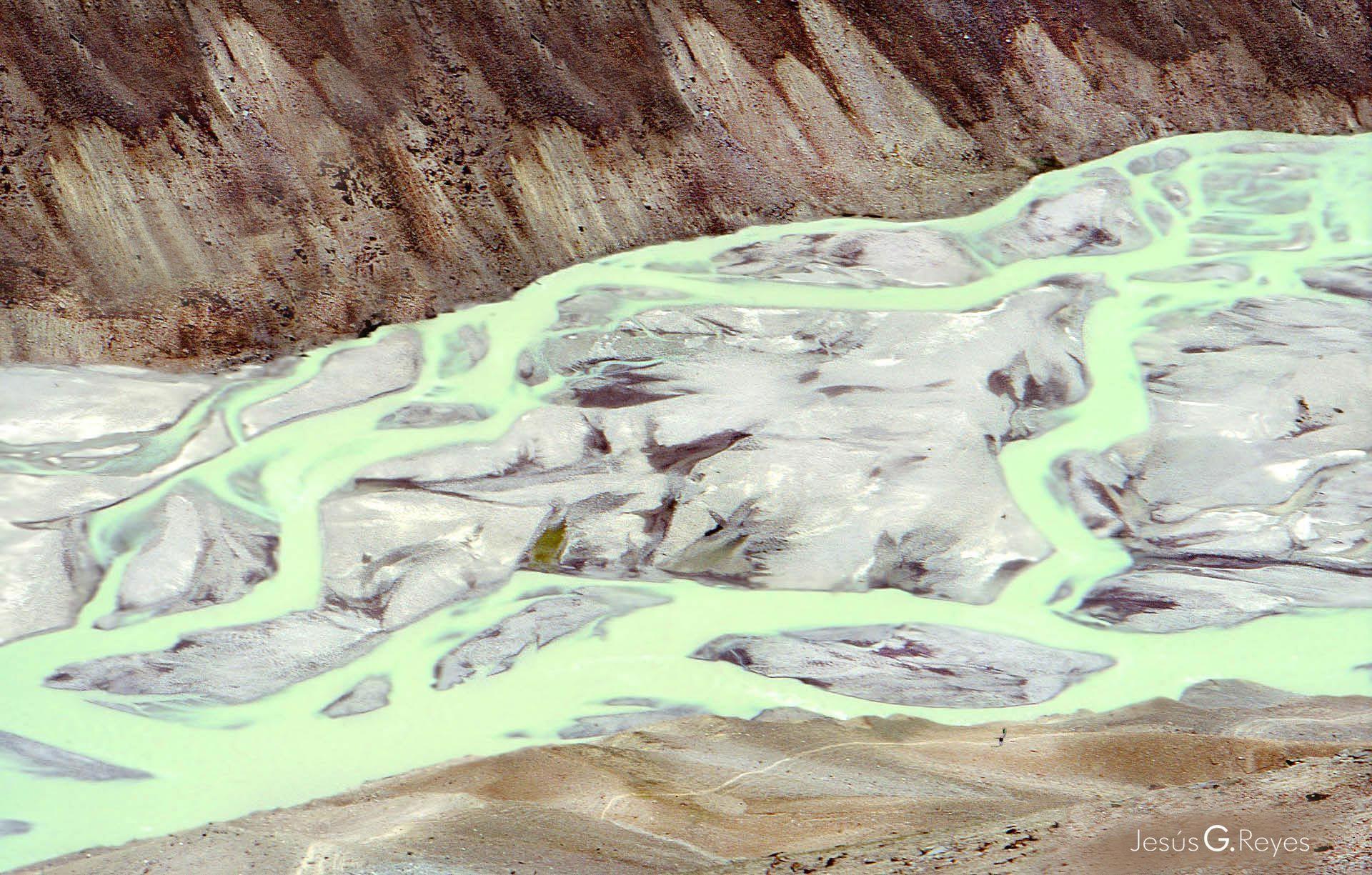 Ganjes river. Himalayan mountains. India