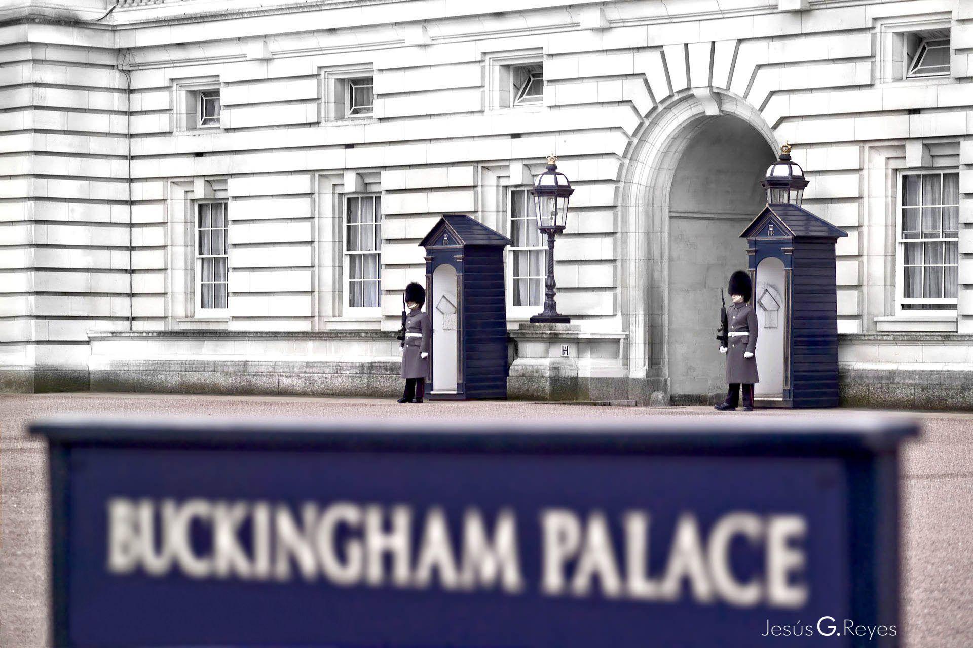 Buckingham Palace. London